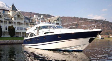 Motorboat charter in Norway